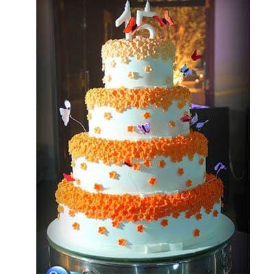 Torta quincea�era 23 - Codigo:WQC23 - Detalles: Deliciosa torta de keke De Vainilla   , ba�ada con manjar blanco y forrada con masa elastica con las siguientes medidas: 1er piso de 35cm de di�metro, 2do piso de 25cm de di�metro, 3er piso de 20cm de di�metro, 4to piso de 15cm de di�metro, mariposas modeladas, florecitas de masa el�stica, n�mero de material no comestible forrado con masa el�stica - - Para mayores informes llamenos al Telf: 225-5120 o 4760-753.