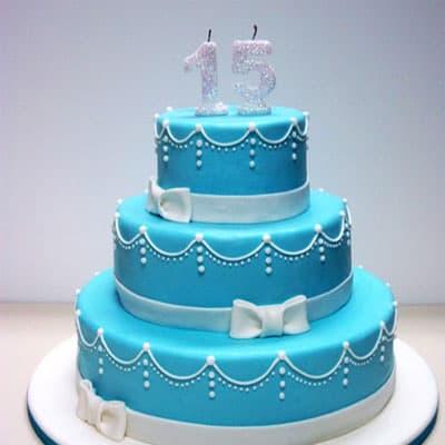 Torta quincea�era 37 - Codigo:WQC37 - Detalles: Deliciosa torta de keke De Vainilla   , ba�ada con manjar blanco y forrada con masa elastica con las siguientes medidas: 1er piso de 35cm de di�mero, 2do piso de 25cm de di�metro, 3er piso de 15cm de di�metro, n�mero modelado - - Para mayores informes llamenos al Telf: 225-5120 o 4760-753.