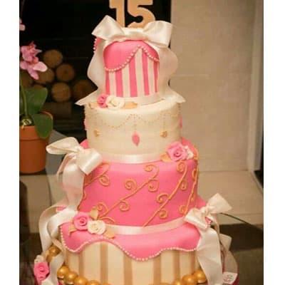 Torta quincea�era 41 - Codigo:WQC41 - Detalles: Deliciosa torta de keke De Vainilla   , ba�ada con manjar blanco y forrada con masa elastica con las siguientes medidas: 1er piso de 25cm de di�metro, 2do piso de 20cm de di�metro, 3er piso de 15cm de di�metro, 4to piso de 10cm de di�metro, dise�o seg�n imagen, n�mero modelado con masa el�stica, incluye lazos en tela - - Para mayores informes llamenos al Telf: 225-5120 o 4760-753.