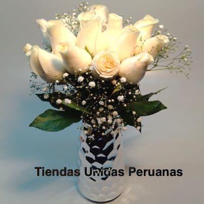 Florero Premium con Rosas Blancas - Whatsapp: 980-660044