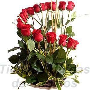 Arreglo de Rosas 18 | Arreglos florales lima - Whatsapp: 980-660044