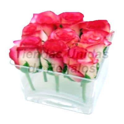 Florero 31 | Arreglos florales en Floreros de Vidrio | Floreros con Rosas - Cod:XFR31
