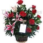 Arreglo con Rosas y Liliums   Arreglos Florales Delivery - Cod:OFE01