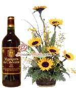 Arreglo de Girasoles con Vino importado | Arreglo con Girasoles - Cod:OFE23